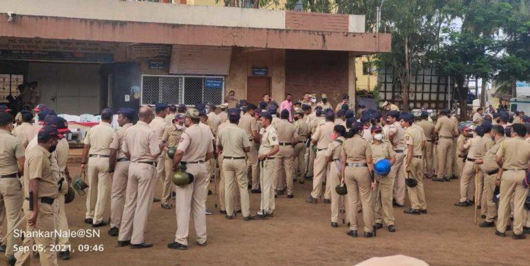 नृसिंहवाडीला पोलीस छावणीचे रूप: राजू शेट्टी यांची जलसमाधी परिक्रमा