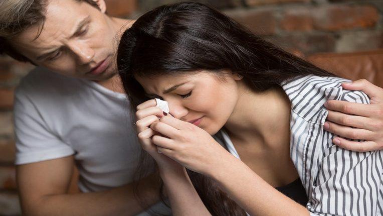 तणावावर प्रेम करत असाल तर पतीचे प्रेम होते कमी, यामुळे येते वंध्यत्व; जाणून घ्या सविस्तर
