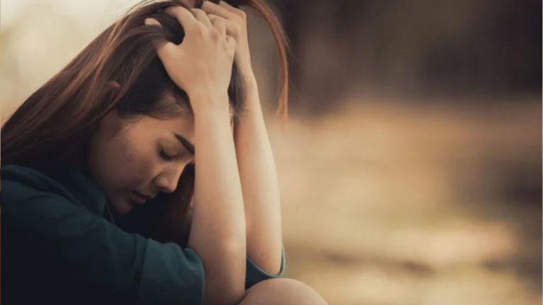 नैराश्य हेच आत्महत्येचे मुख्य कारण ; जाणून घ्या 'या' संबंधित महत्त्वाची माहिती