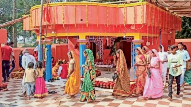 बिगर हिंदूंना देवीच्या मंडपात येण्यास बंदी; विश्व हिंदू परिषदेचे फर्मान